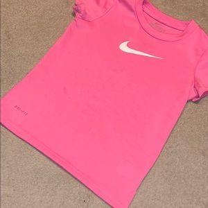 Girl's Nike tee